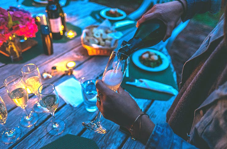 10 Hacks To Host The Best Dinner Party EVER