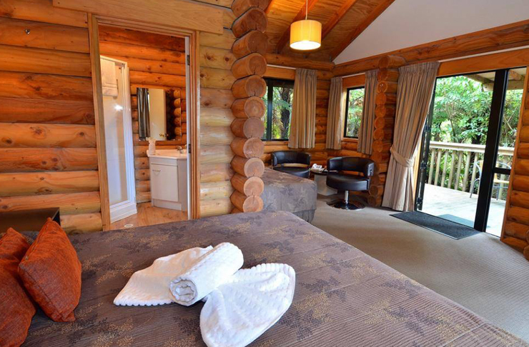 12 Cozy Cabins To Hibernate In This Winter