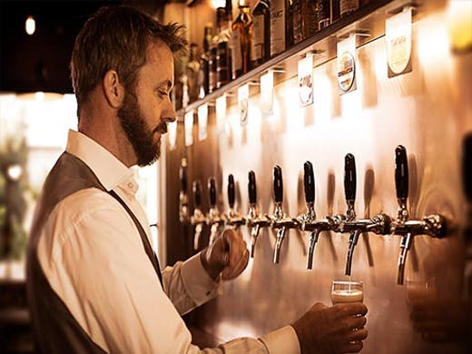 16 Tun are passionate about all things beer, and one of the best 'free house', craft beer bars in Auckland.