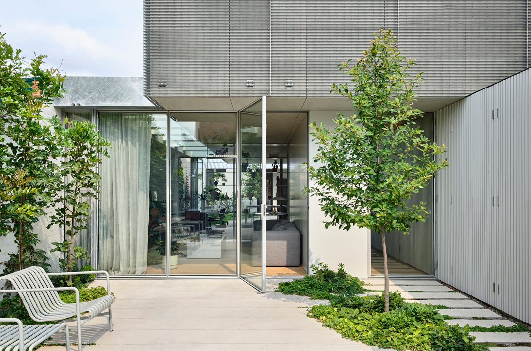 A courtyard at Fitzroy North House 02, a winner at the 2020 Houses Awards.