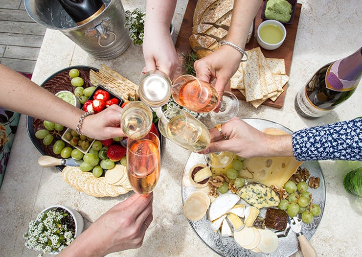 How To Throw The Ultimate Summer Soirée