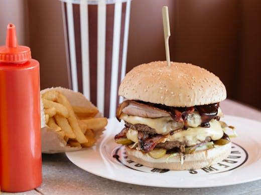 andrews-hamburgers-albert-park