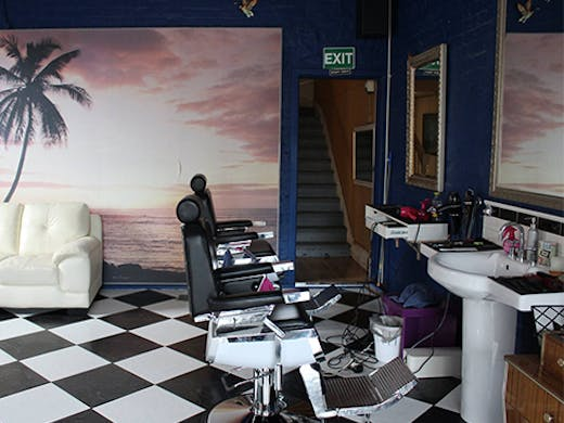 Barbershop Dr Snippy's Barber Lounge Subiaco Mens Grooming
