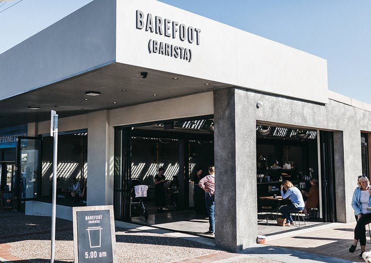 We Check Out Barefoot (Barista)'s Ballin' New Digs