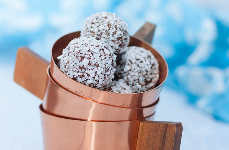 For our Listers who are into raw, vegan and paleo food, these coconut blueberry bliss balls are a sweet summer treat your body will love you for.