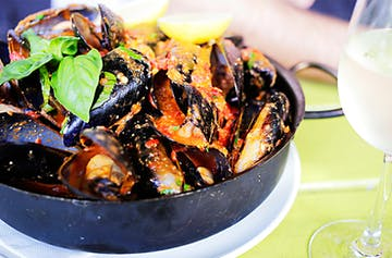 Where To Find Perth's Best Chilli Mussels