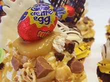 How To Make These Epic Cadbury Creme Egg Cupcakes