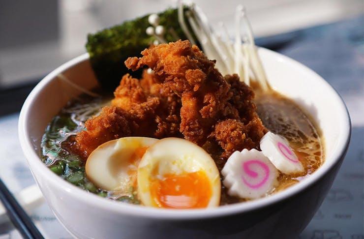 fried-chicken-ramen-sydney