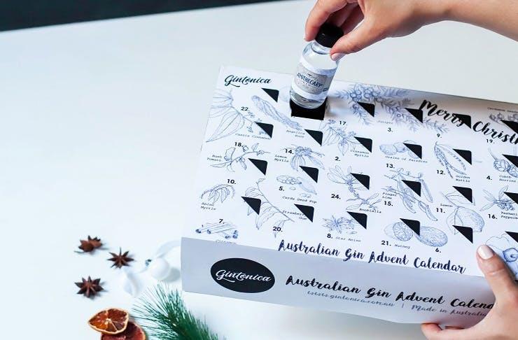 australia deck the halls a gin advent calendar is here. Black Bedroom Furniture Sets. Home Design Ideas