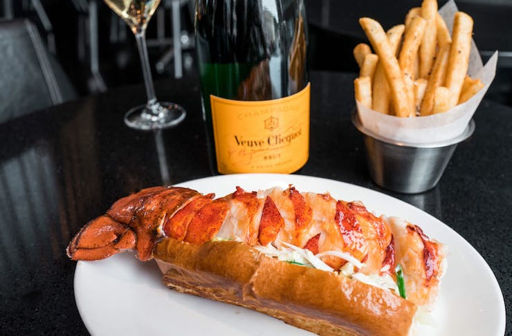 lobster roll champagne pop up gold coast