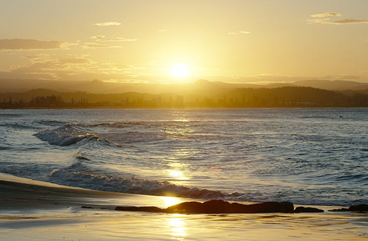 watch the sunset on the gold coast