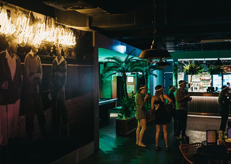 holey moly golf bar surfers paradise gold coast