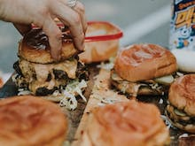 Our Fave Perth Burger Pop Up Is At The Bird TONIGHT!