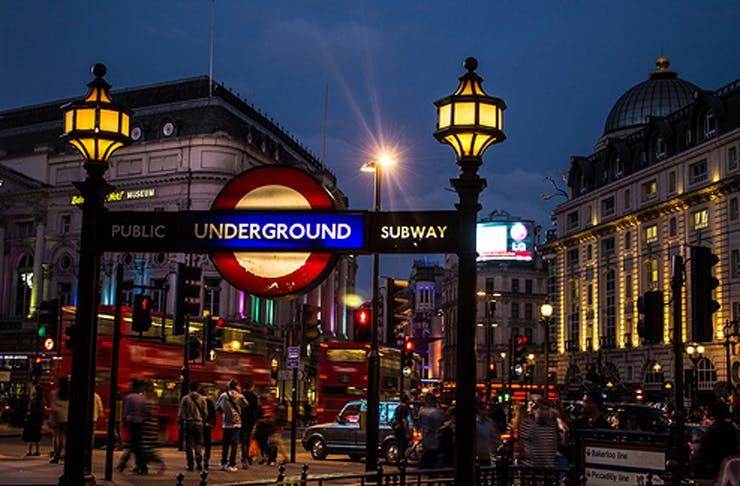 43 Tips For Living in London