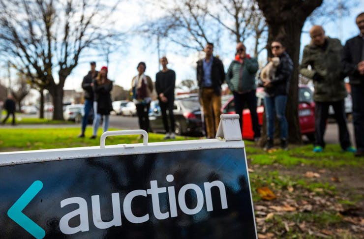 annoy-melbourne-auction-house-prices