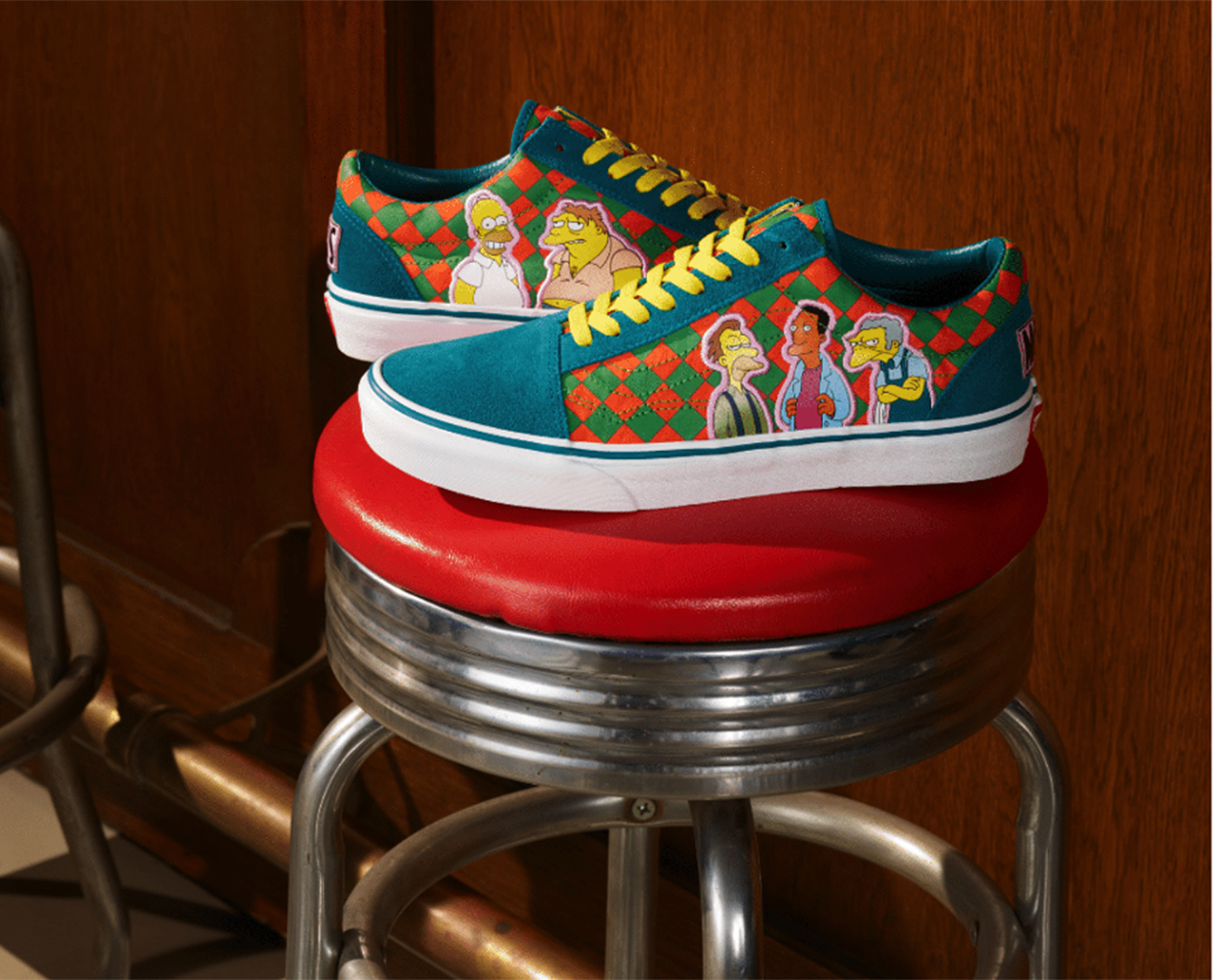 Vans Lace-up high top featuring reprobates from Moe's tavern on the sides.