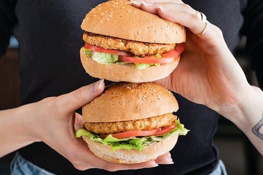 Here's Where You Can Wrap Your Hands Around One Of 5000 Free Burgers