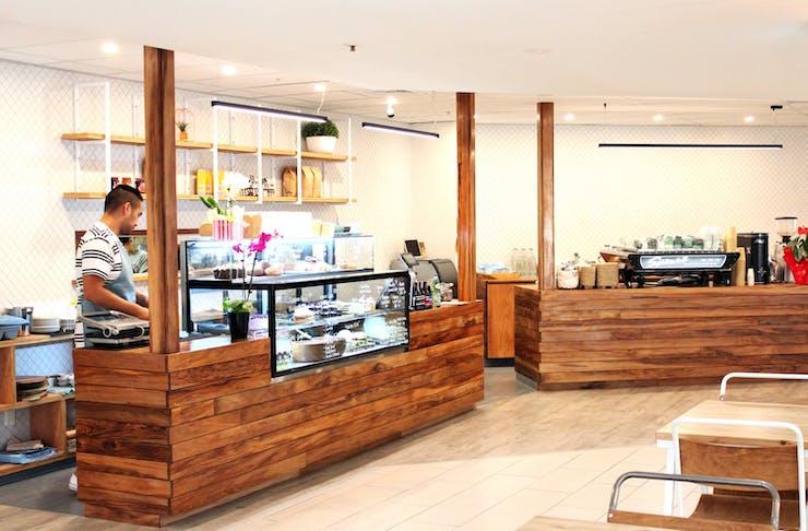 New Opening: Oak Eatery