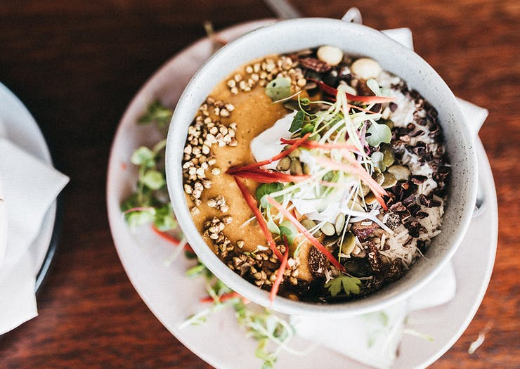 niche and co tugun spiced pumpkin smoothie bowl