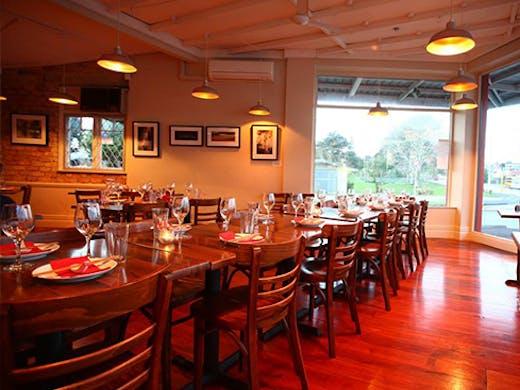 Parkside Cafe & Vietnamese Cuisine Mt Albert