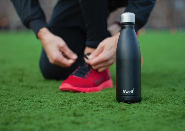 10 Re-Usable Water Bottles To Make You As Cool As Your Beverage