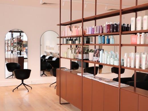 The interior of Salon Jaimmelee
