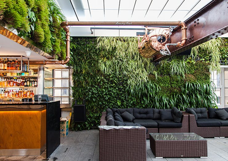 The CBD Gets a New Rooftop Bar (and It's Awesome) | Urban ...
