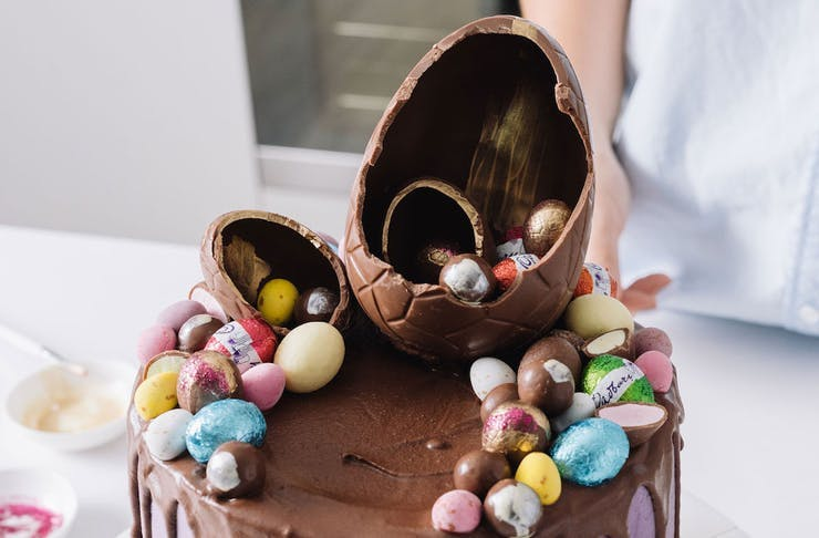 A delicious Easter egg cake
