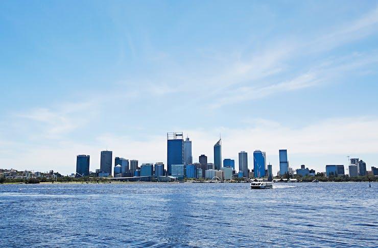 Saturday date in Perth