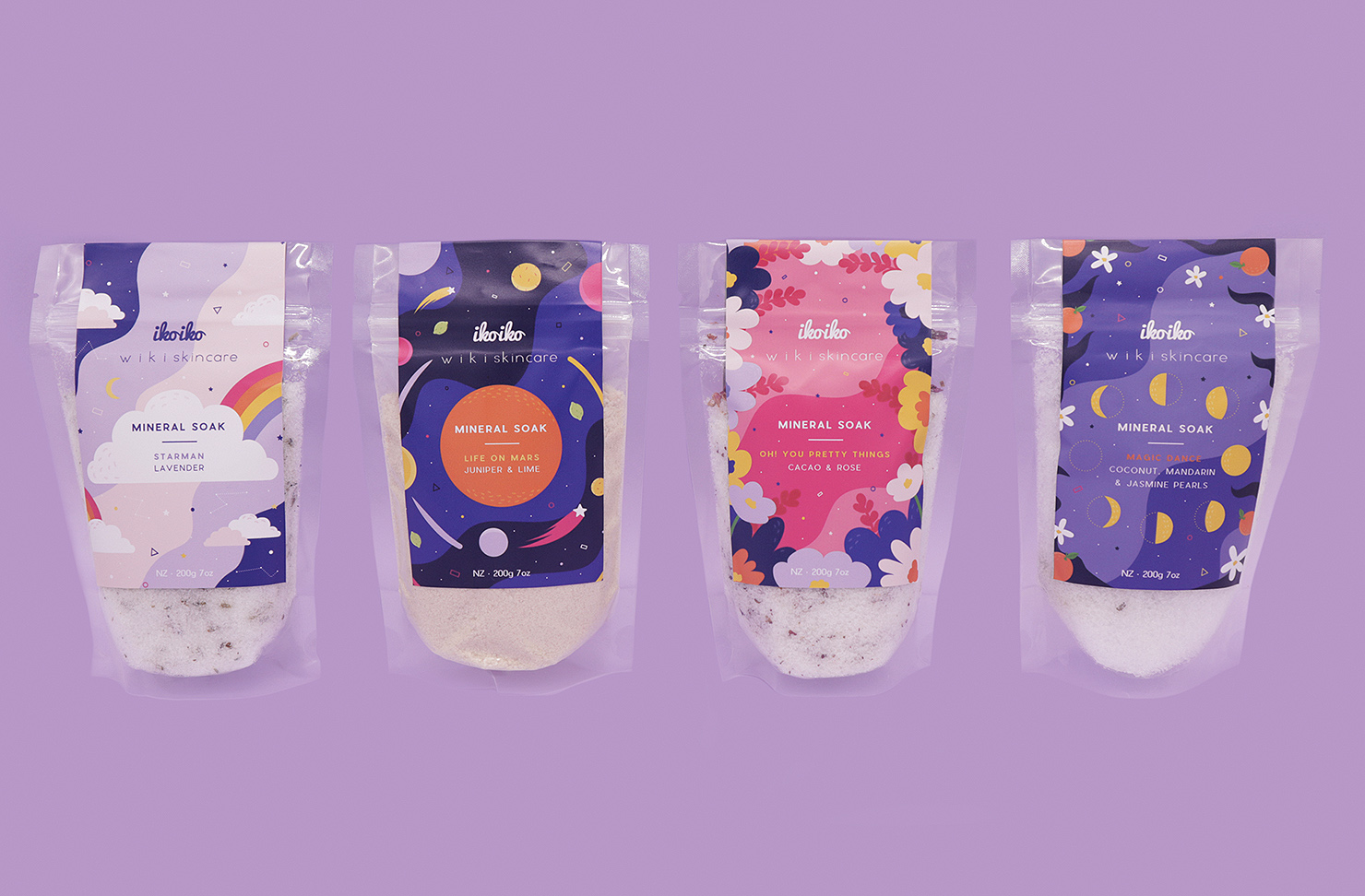 A beautiful pack of bath salts fragranced with rose and cacao