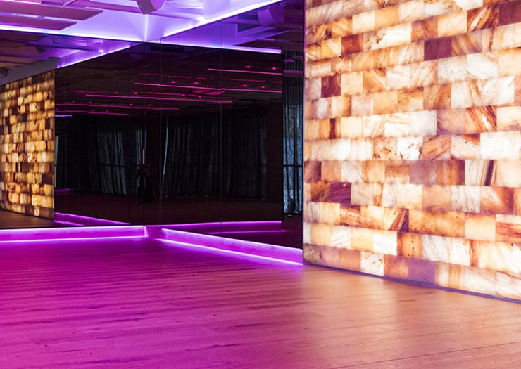 All The Reasons Why Your Yoga Studio Needs A Himalayan Salt Wall