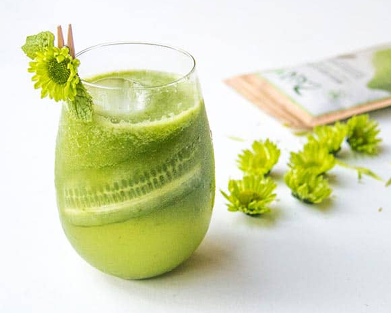 Matcha Cocktail with Zen packet