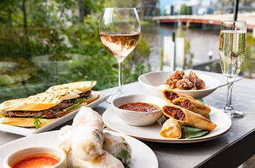 This $60 Bottomless Lunch Will Make You The Hero Of Your BFFs