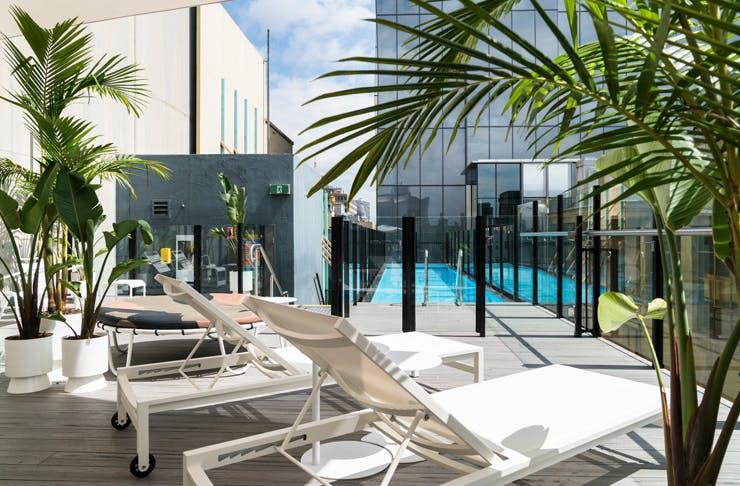 adelphi-hotel-pool