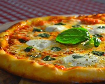 Cafe & Pizzeria Amore Mio