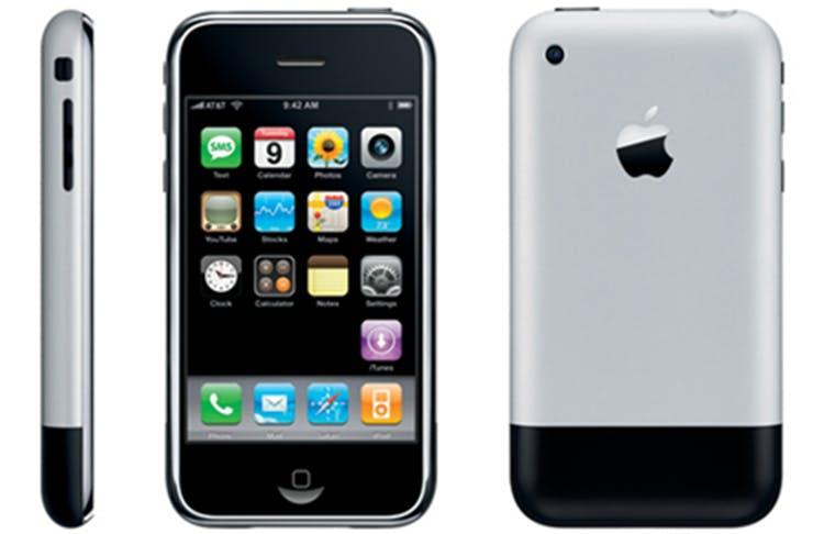 Apple iPhone turns 10