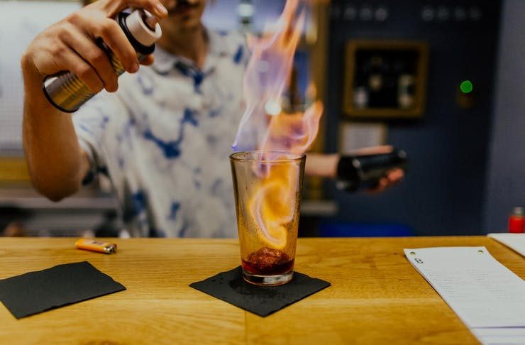 flaming-cocktails