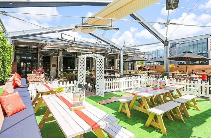 The Best Outdoor Eating Spots In Auckland