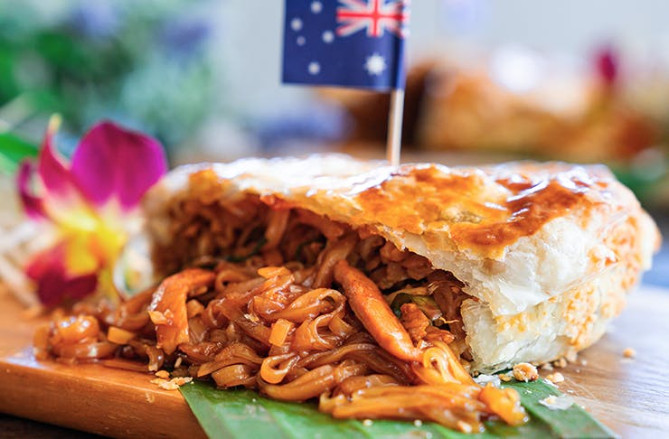australia-day-brisbane-meat-pie-thai