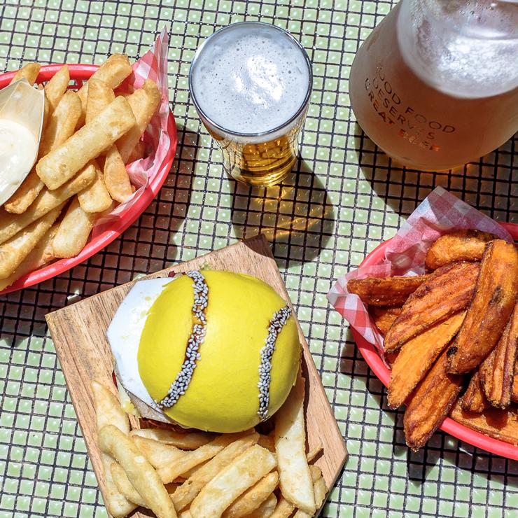 baseline-burger-australian-open