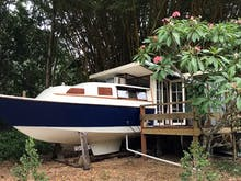 Escape To The Byron Hinterland In This Adorable Tiny Boathouse