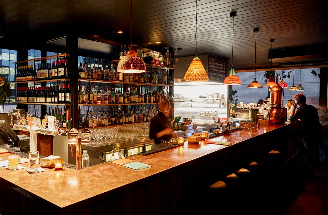 Where To Find Melbourne's Best Bars