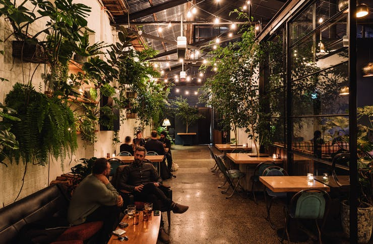 best-date-nights-melbourne-urban-feast