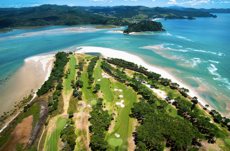10 Golf Courses In And Around Auckland You Will Want To Visit