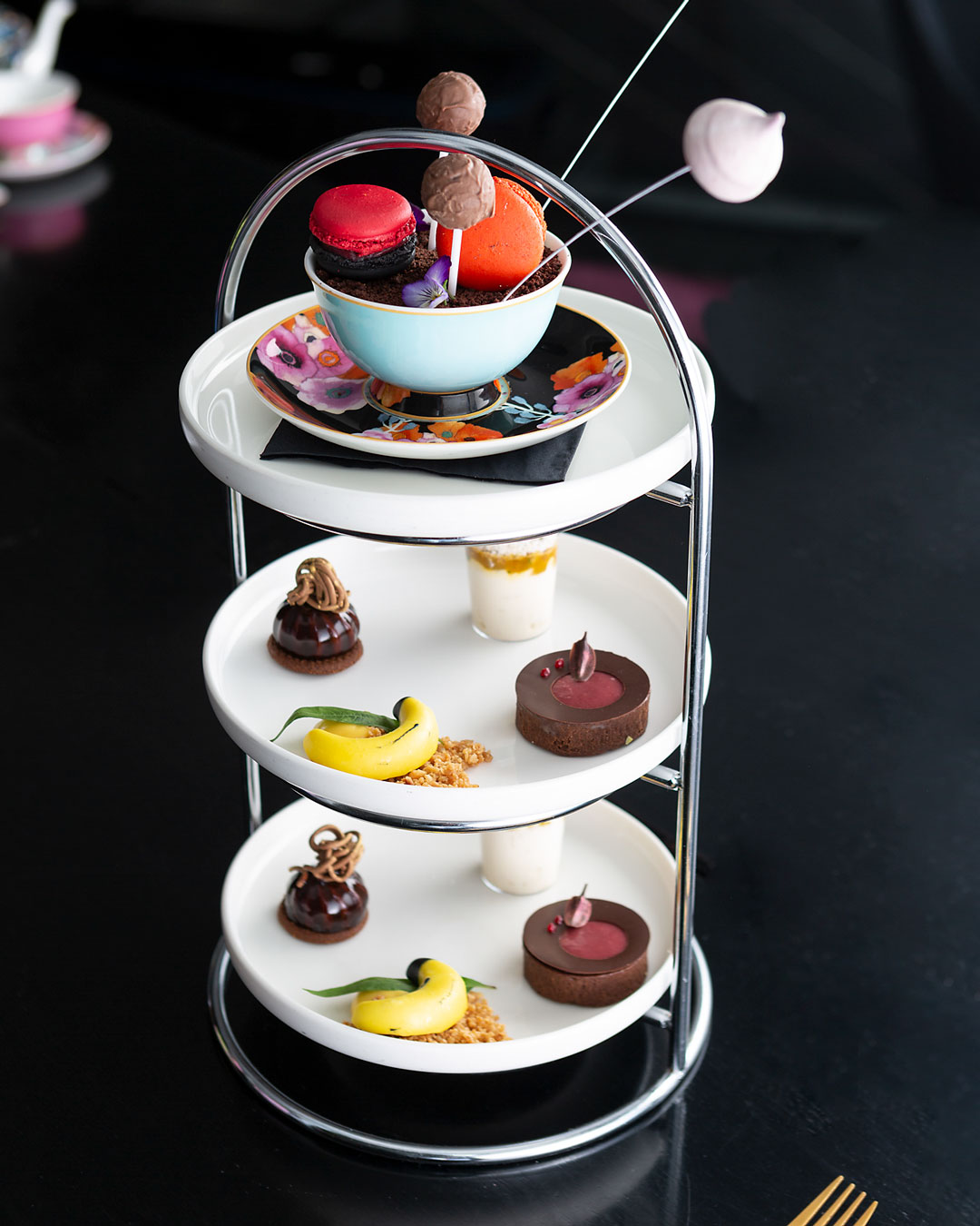 best-high-tea-melbourne-om-nom-adelphi