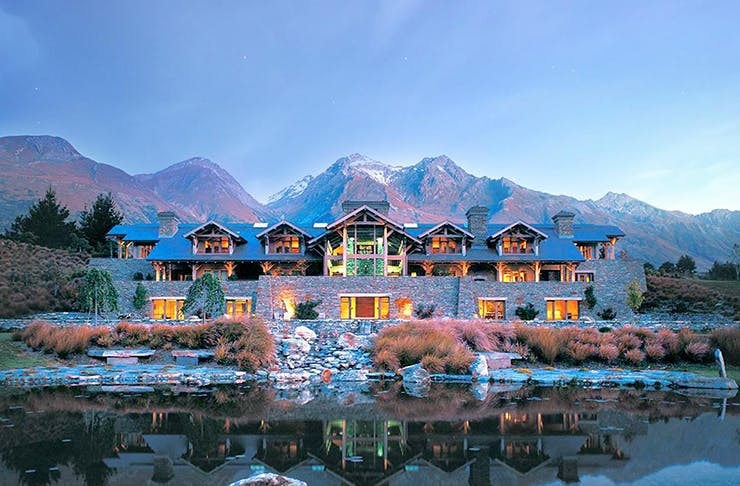 8 Amazing Luxury Escapes Around New Zealand