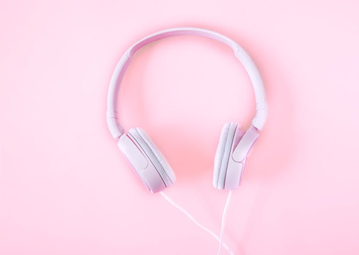 best podcasts to listen to right now
