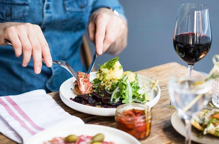 best-restaurants-cafes-bars-darlinghurst-sydney