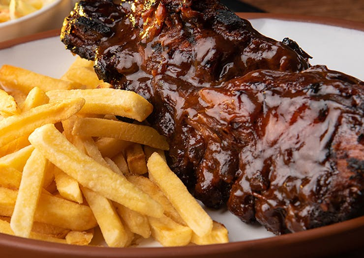 Cover Yourself In Sauce With The Sunshine Coast's Best BBQ Ribs