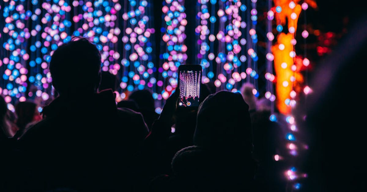 Christmas Lighting.Here Are The Best Streets To See Christmas Lights In